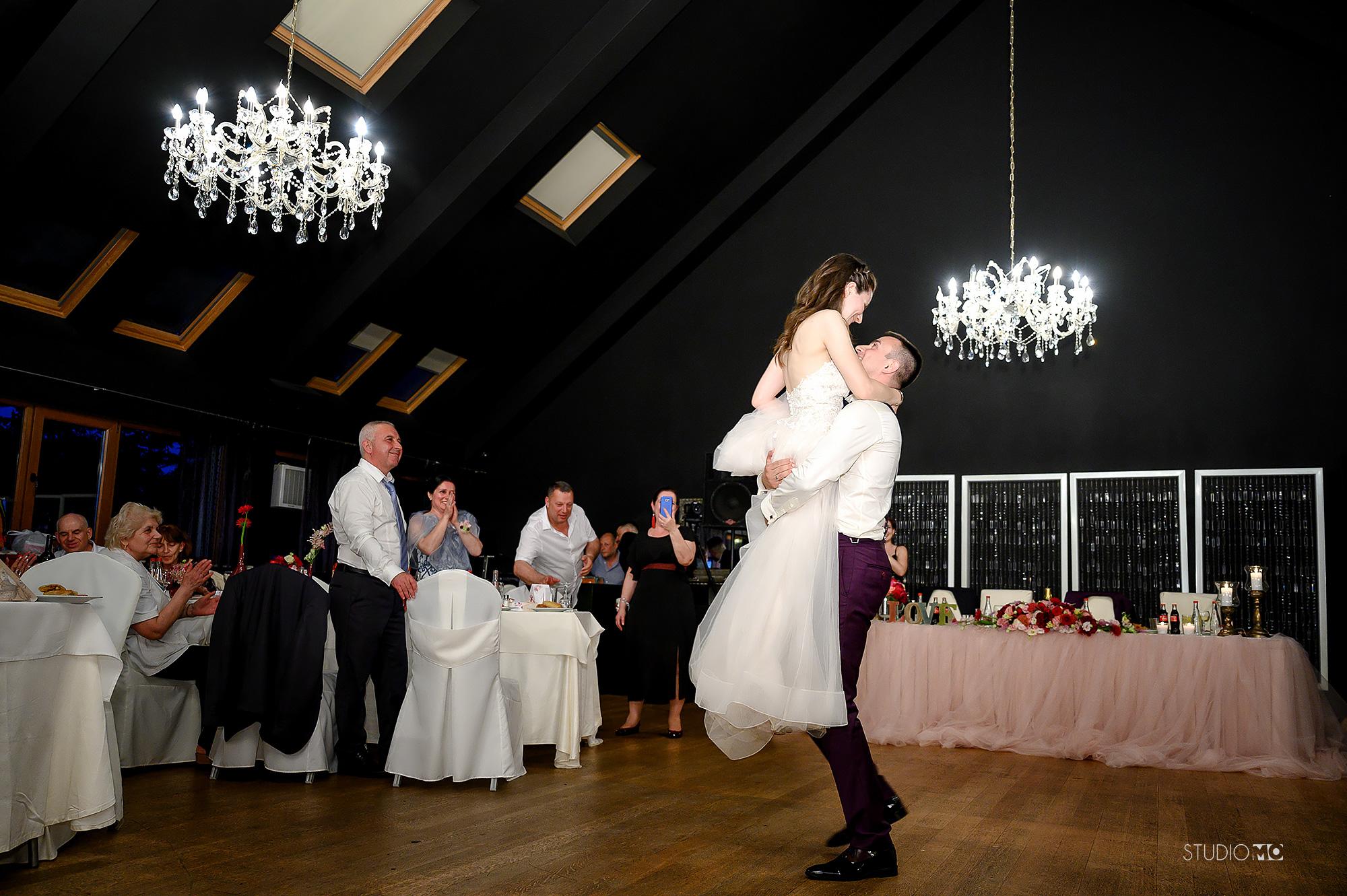 Сватбен фотограф Варна | Сватба в Ресторант Вентура